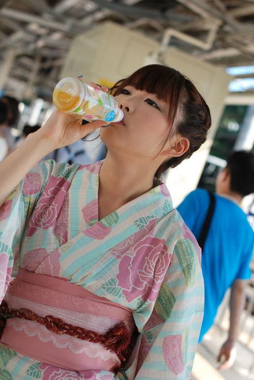 喉が渇いたらしくジャスミン茶をとられました。ジャイアニズム。Model:りんすPortrait Girl Cute Summer