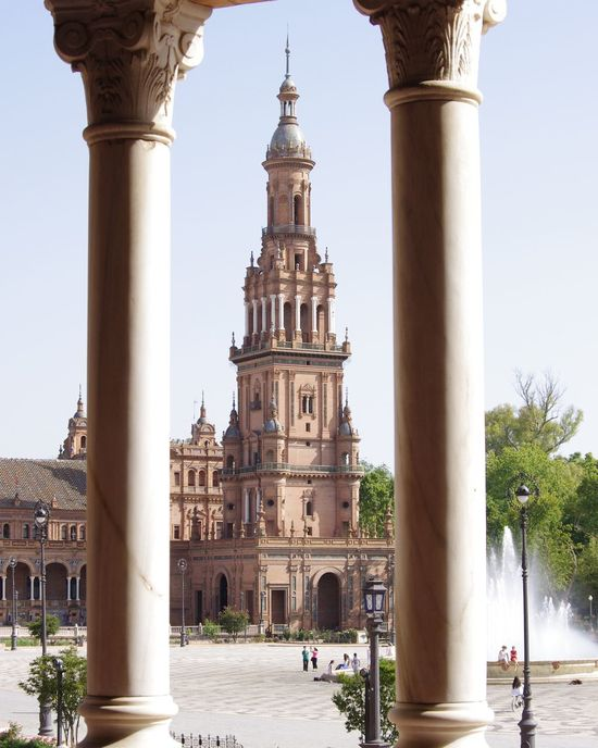 Plaza De España Sevilla SPAIN Andalucía Columns Positioning Inbetween Tower Architecture Architectural Detail Astonishing Beautiful Spanish People Culture Walking Around The City  Eye For Photography Pentax Stone Tiles Mosaic Tadaa Community Two Is Better Than One