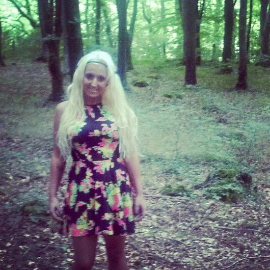 Girlygirl Dress Woods Pretty hairbarbietrees