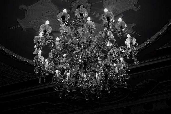 Chandelier Illuminated Low Angle View Architecture Rococo Art Interior Design Glowing Elégance Ceiling Decoration Light Monochrome Nikon Black And White Photography Black And White Photography History Haunted Manson Dark Millionaire Billionaire  Lifestyle Monochrome Photography