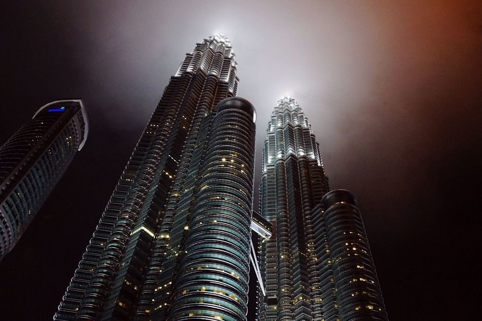 KLCC under cloudy night KLCC Twin Towers KLCC Tower Klcc Cloud Nightphotography First Eyeem Photo