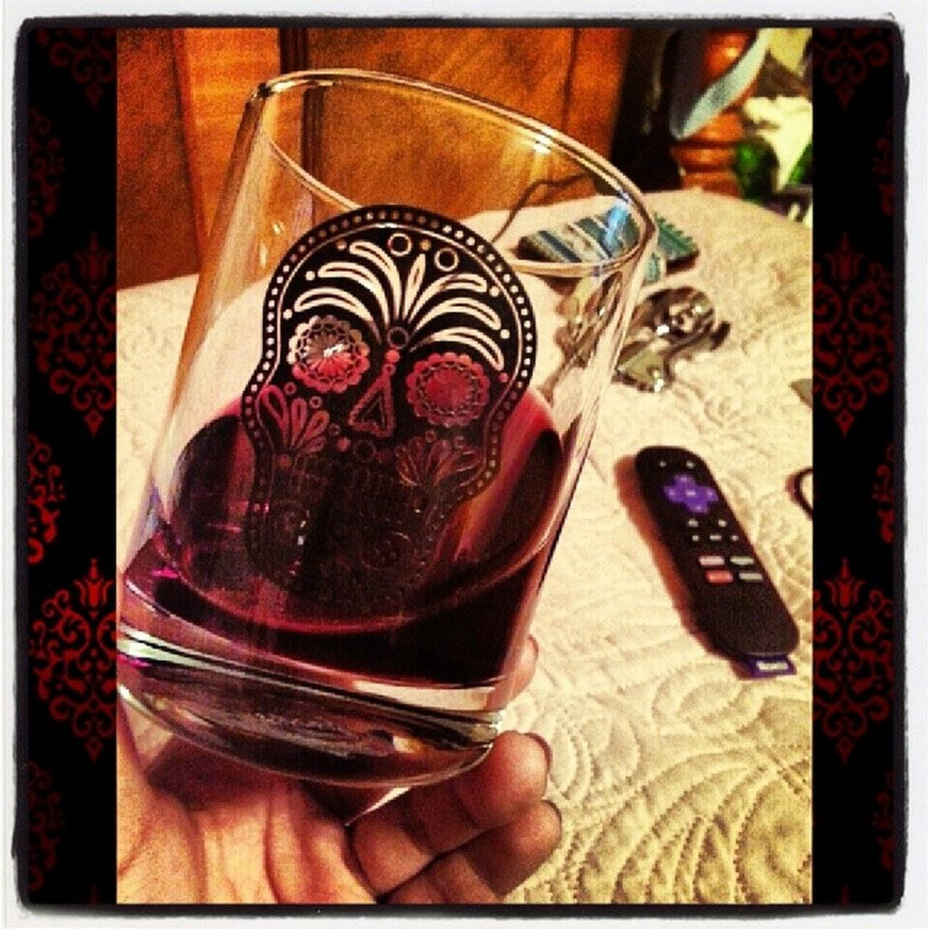Wine and Netflix night...... Wine Cabernetsavignon Rexgoliath Sugarskull roku