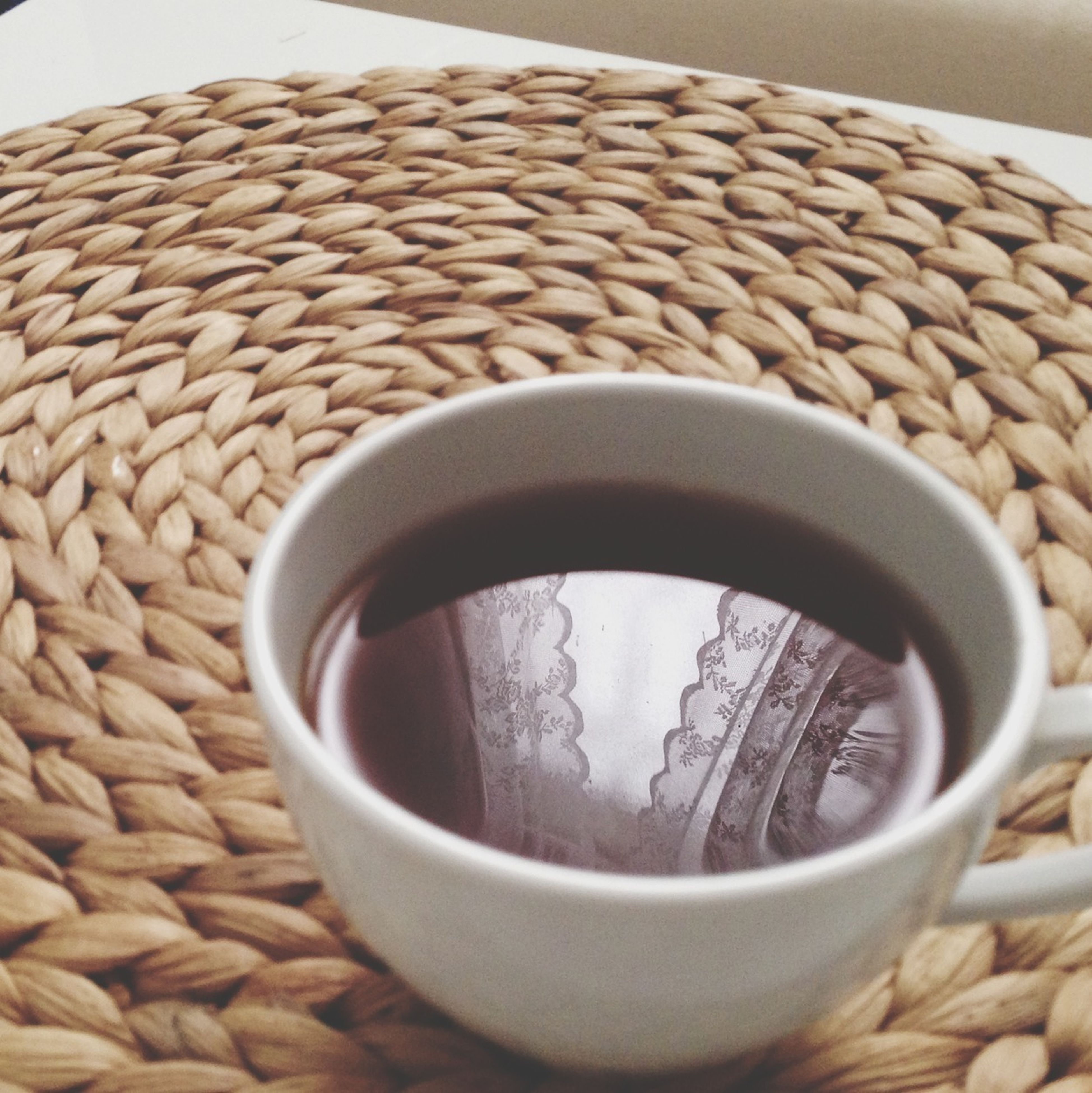 coffee cup, drink, food and drink, coffee - drink, still life, indoors, refreshment, coffee, cup, close-up, saucer, table, freshness, no people, circle, container, tea cup, tea, directly above, beverage