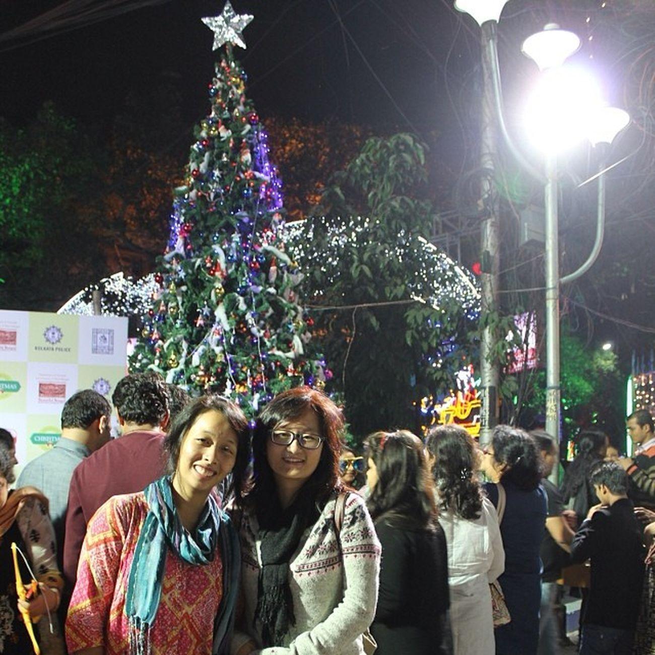 ParkStreet ChristmasCarnival Fun Panic click-clicks christmasTree SINDURAAAAAAA?