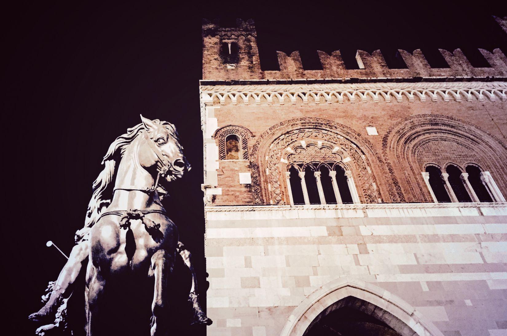 Piacenza Piazza Cavalli Italia Italy❤️ Italy