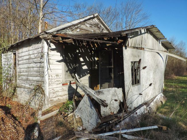 Abandoned Abandoned Buildings Abandoned House Abandoned Places Architecture Broken Built Structure Damaged Day Deterioration No People Ohio Outdoors Ruined Run-down Rural Rural Exploration Rural Scene Rurex Weathered Wood - Material