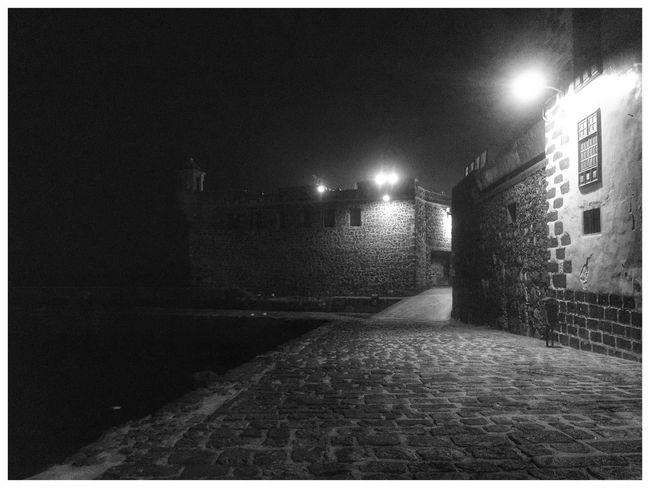 Fortress Castle Dark Blackandwhite Night Streetlights IPhoneography