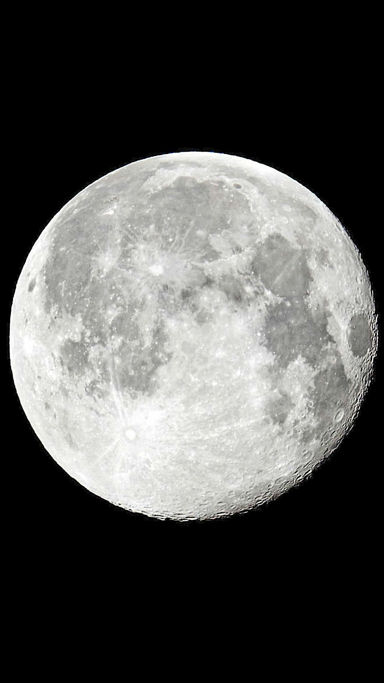 Man in the moon Moon Night Astronomy Planetary Moon Circle Moon Surface Space Moonporn Moonlight Moonshot Moon_lovers Moon_of_the_day Moonset MoonScape Moonlight ♥ Moonbeauty Moonlovers