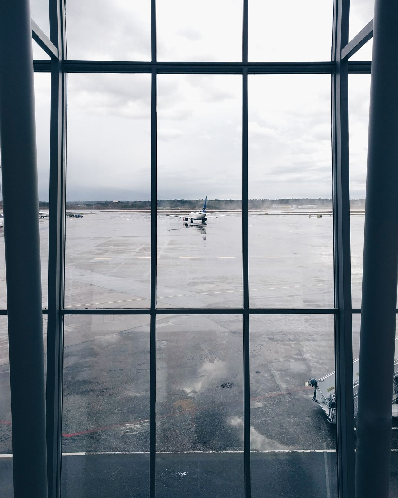 Waiting for the train 🚄 Stockholm Arlanda Airport Aviation Scandinavia Scandinavianairlines Sweden Airport Waiting First Eyeem Photo