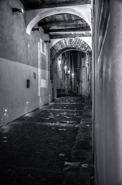 LE STRADE DEL CENTRO STORICO Architecture Built Structure Day Illuminated Indoors  No People Storic Center EyeEm Selects EyeEmNewHere EyeEm Gallery EyeEm Best Shots - Black + White The Week On EyeEm Your Ticket To Europe