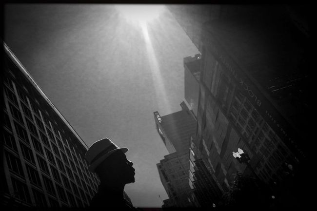 Urban light, vol. 2. Photojournalism Shootermag_usa Chicago Hat Streetphotography Photo Of The Day Eye4photography  EyeEm Best Shots Reportage