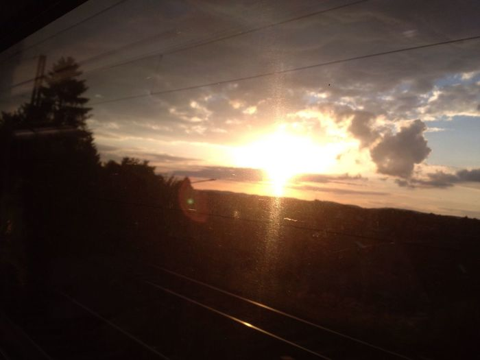 Sunset Train Letzte Sonnenstrahlen 43 Golden Moments Golden Hour