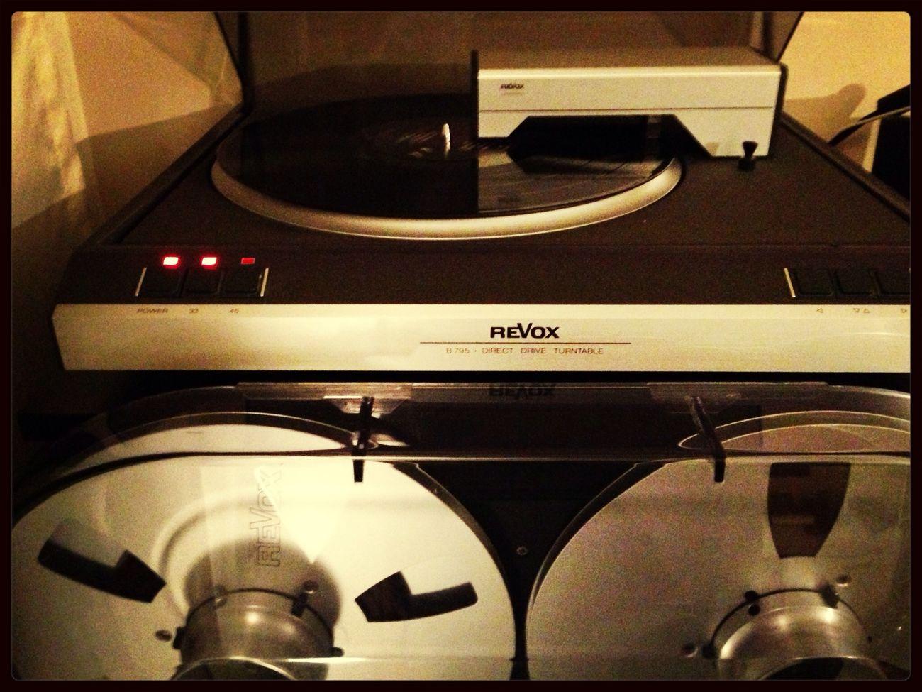 Vinyl läuft. Flo Mega  Burnout nice