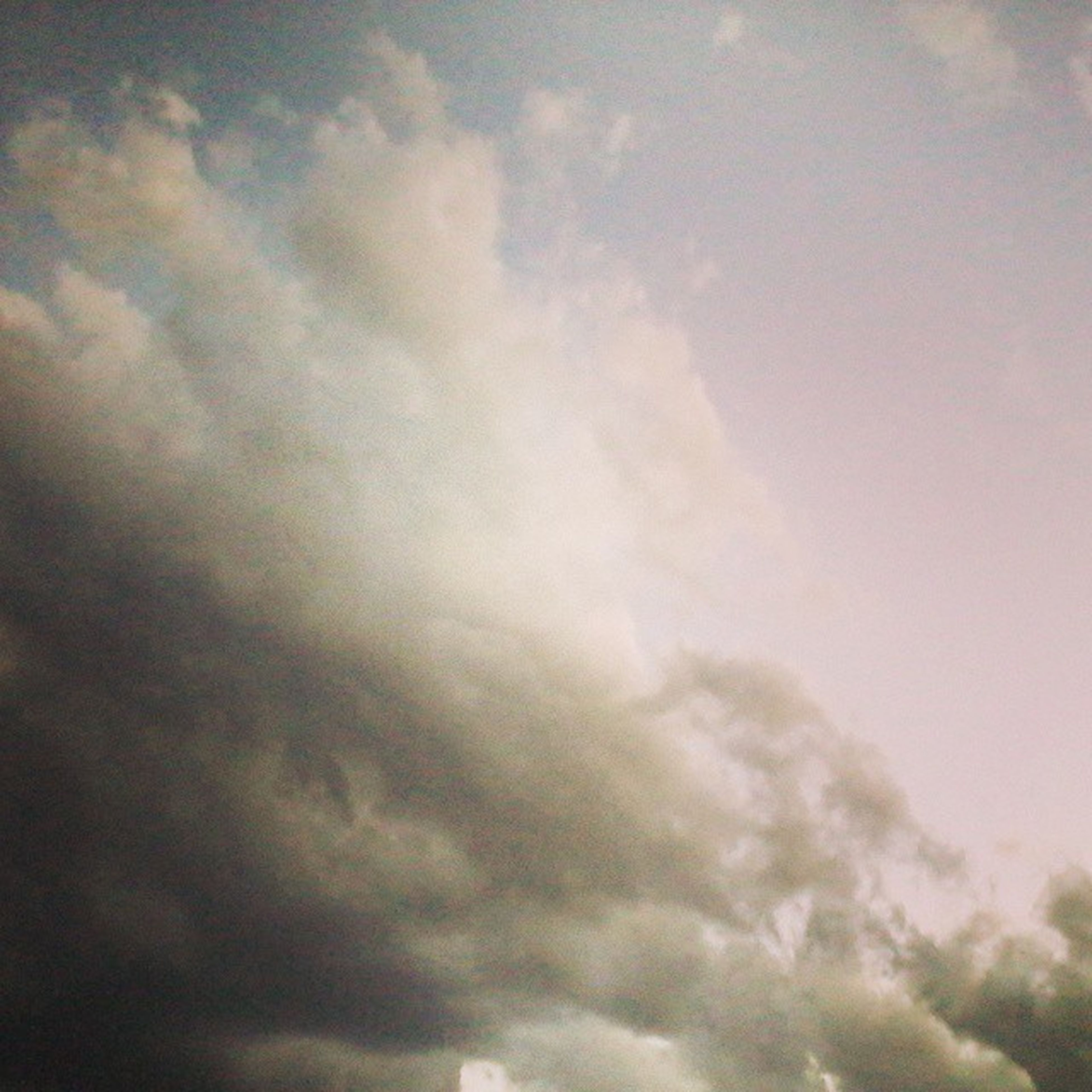 sky, cloud - sky, low angle view, cloudy, sky only, beauty in nature, cloudscape, scenics, tranquility, weather, nature, tranquil scene, cloud, overcast, backgrounds, idyllic, full frame, outdoors, no people, storm cloud