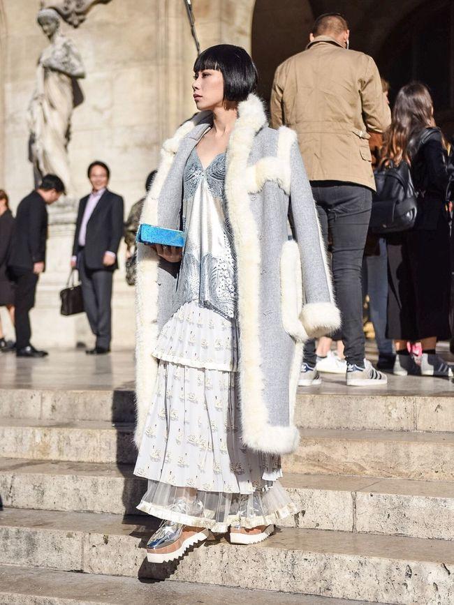 • Yulia • Paris Fashion Week Beautiful People Streetphotography Paris Fashion Week Paris EyeEm Best Shots Parisweloveyou Photooftheday Paris ❤ Fashion Stellamccartney