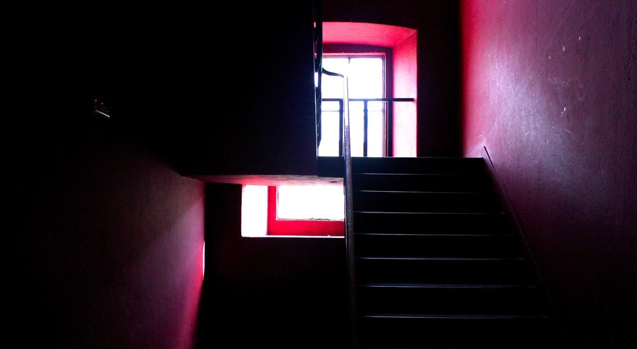 RED-Lisbon Lx Factory First Eyeem Photo EyeEmNewHere Natural Light Day Light Contrast Build Structure Red Stairs_collection