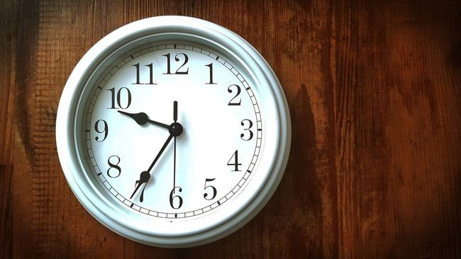 Morgens halb 10 in Deutschland .... Simple Simply The Best Simplicity Clock Time Time For Breakfast  EyeEm Masterclass Wall Clock Digits Numbers Still Life Wooden Floor EyeEm Gallery Taking Photos Shabby Chic Vintage