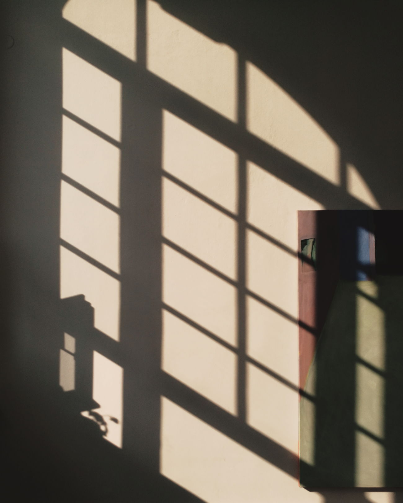 Shadow Sunlight Indoors  Architecture Mobilephotography Eye4photography  Urban Exploration Vscocam Still Life Taking Photos HuaweiP9 Window VSCO The City Light Interior Views Interior