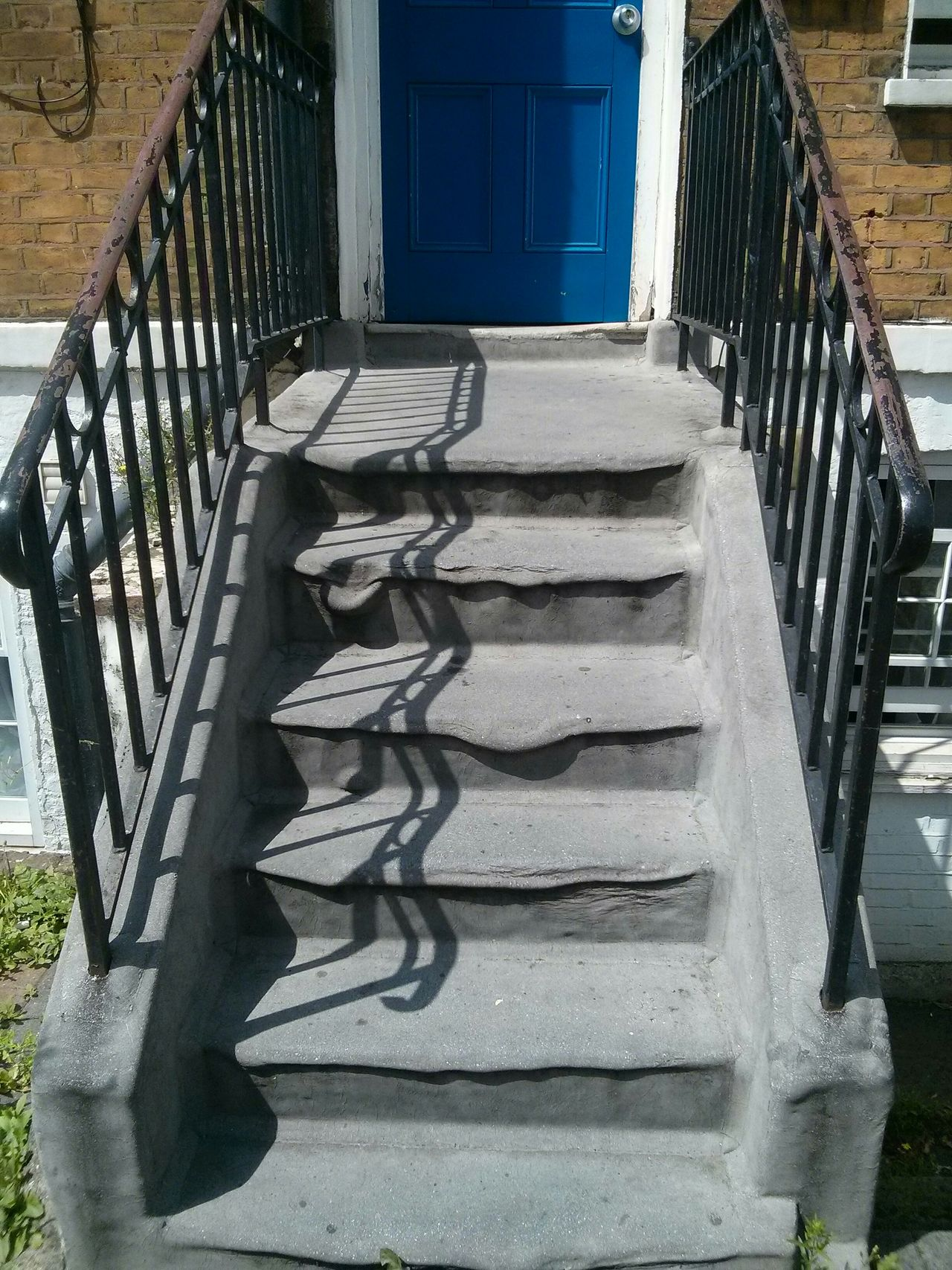 Heatwave Heat Melting Melting Stairs Melting Staircase Extreme Heat Boiling London Entrance Gate Door Stairs Salvador Dali Real Life Surrealism
