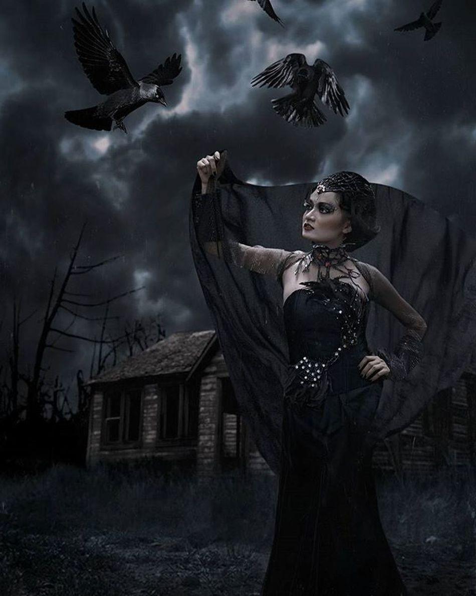 Queen of Ravens Darkscene Dark Raven Darkqueen RavenQueen Photoshop Digitalimaging Queen Darkness Huscyendra