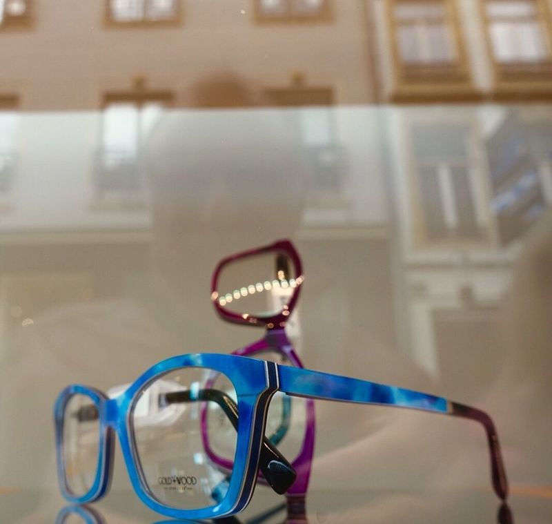 Store Windows Focus On Foreground Text No People Healthcare And Medicine Indoors  Close-up Eyeglasses  Eyesight Day Picture Of The Day From My Point Of View EyeEm Best Shots Streetphotography Street Photography