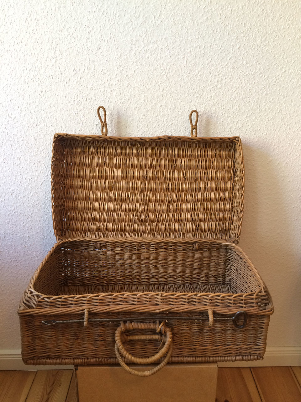 basket, old-fashioned, wood - material, indoors, whicker, no people, furniture, newspaper, close-up, day