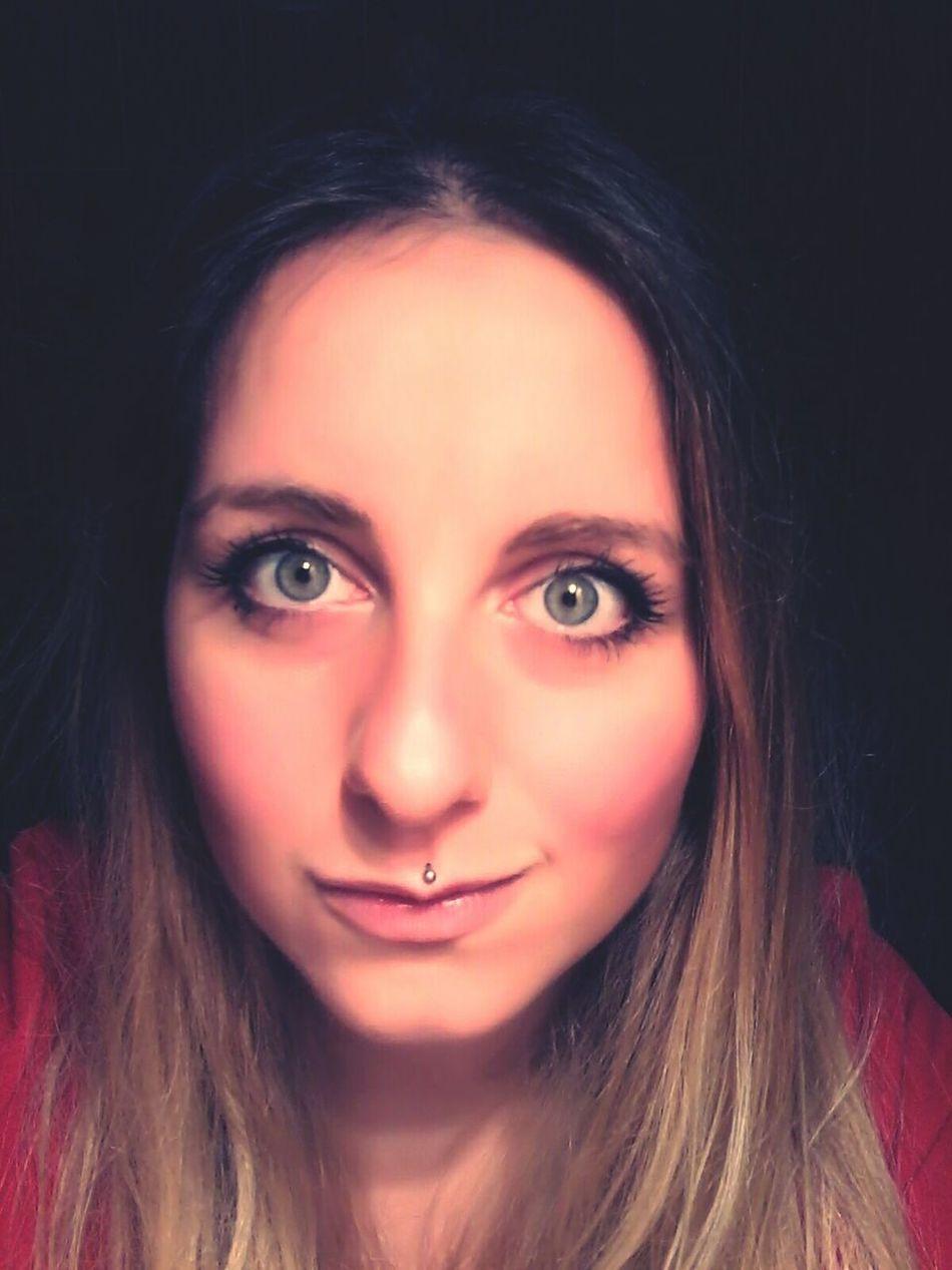 Brondehair Selfie ✌ Blonde Girl Girlswithpiercings Green Eyes That's Me Selfportrait Eyes Me Myself And I Blondie