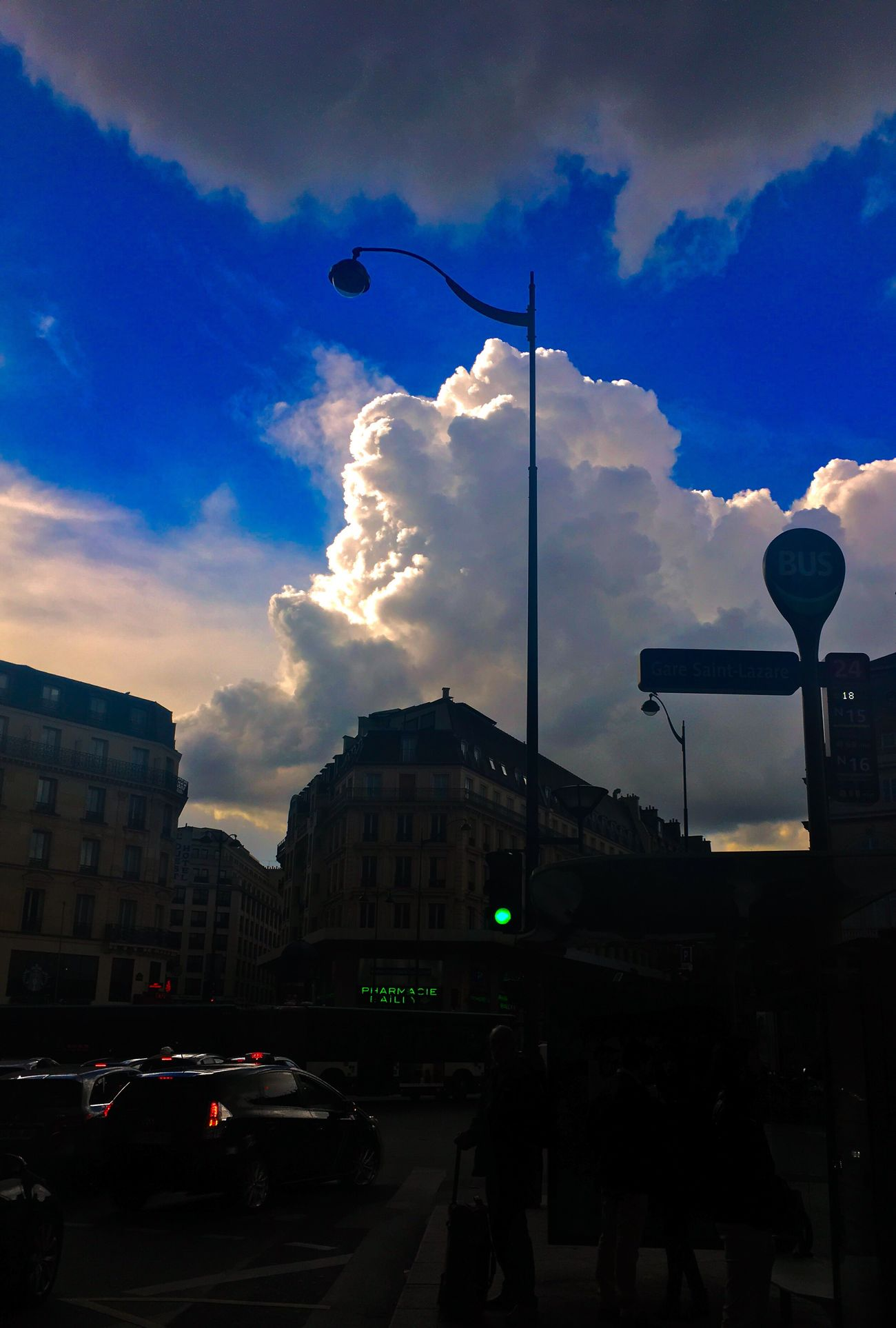 Paris Endoftheworld Clouds And Sky Rainy Days City Saint Lazare Byontherockss