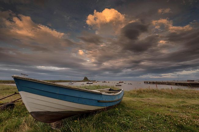 Under Northern Skies Boat Beached Shoreline Lovegreatbritain Northumberland Sea View Landscape_photography Skyporn EyeEm Masterclass Seascape Beachphotography Color Palette Eyeemphoto Holy Island Sea And Sky Fine Art Photography Lindisfarne Skylovers Blue Sky Sky And Clouds Beached Boat Northumbria EyeEm Nature Lover