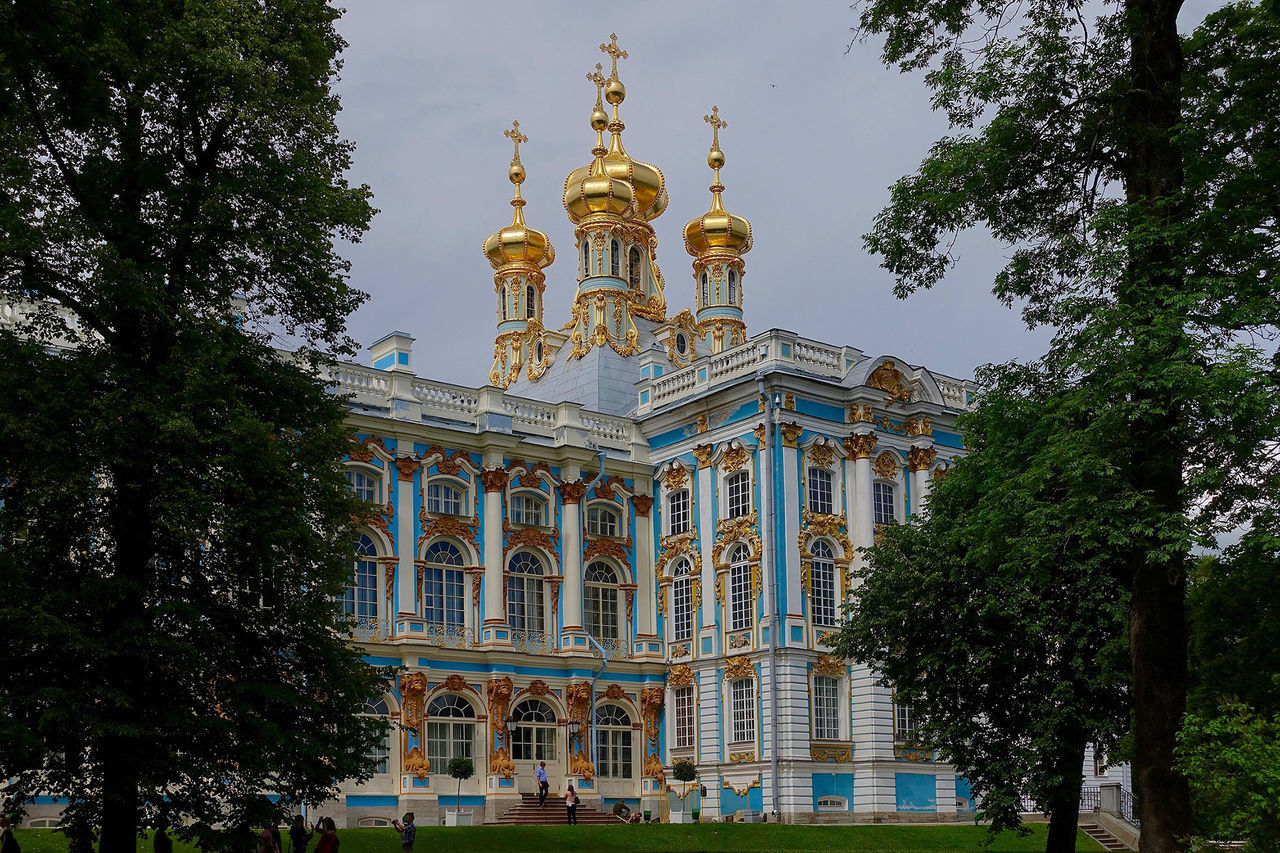 The Katharina's palace was destroyed in WWII and rebuilt afterwards. Architectural Feature Architecture Built Structure Day Façade Katharina's Palace Ornate Outdoors Russia Sky St. Petersburg Tourism Travel Destinations Tree