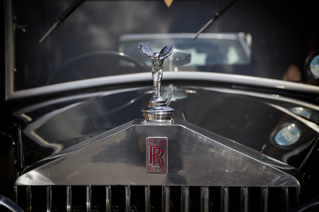 Car Classic Classic Car Close-up Focus On Foreground Mascot Radiator Grille Retro Styled Rolls Royce Rolls-Royce Spirit Of Ecstasy Transportation Vintage Vintage Car