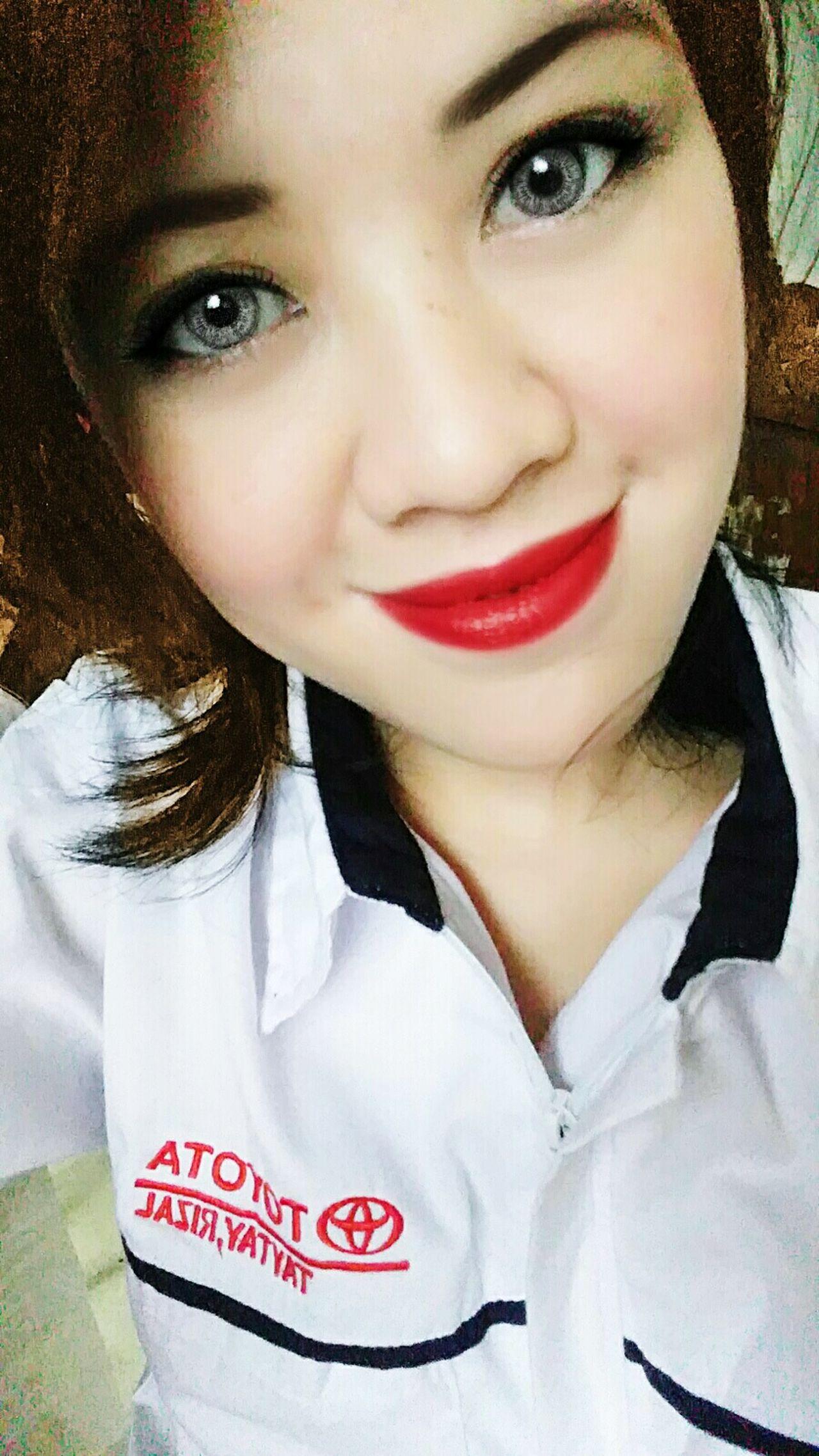 Selfie ✌ LGG4 GrayEyes  Ilovegrey Philippines Eyes Catseyes Luvinmyeyes Work Workuniform Toyota MeMyself&I Eyechanger Beautiful Beautifuleyes Redlipstick Redlips💋 Whitelady😄😄😂😂