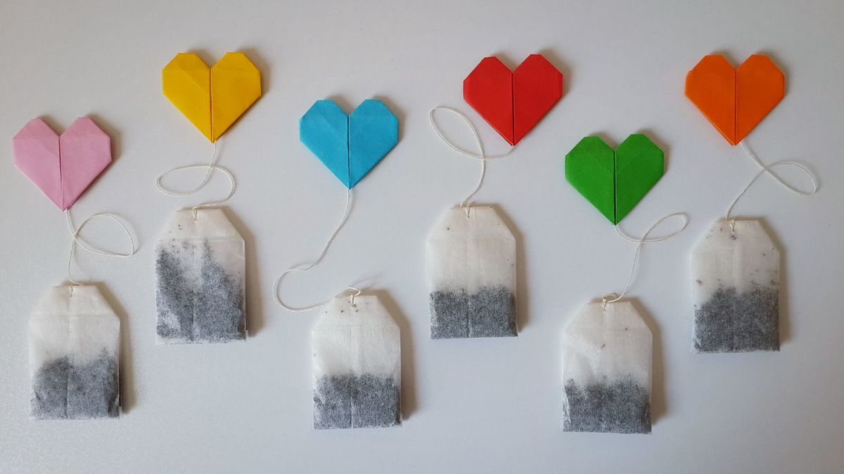 Tea love :) Tea Teabags Getting Inspired Still Life Things Organized Neatly White Background Pattern Pieces Backgrounds Full Frame Design Pattern Paper Paper View Origami Heart Shape International Tea Day Arrangement Directly Above Getting Creative Ideas Eye4photography  White Album Multi Colored Simplicity Tea Bags