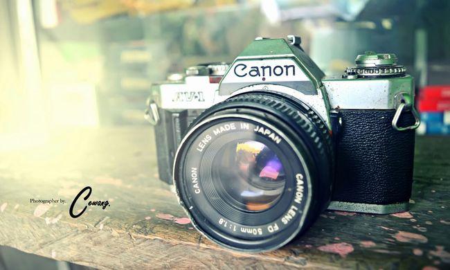 Old School Camera Canon AV-1