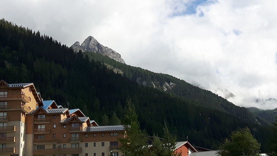 Beauty In Nature Mountain View Mountain Village Mountains Mountains And Sky Savoie - Valfrejus - France Sky