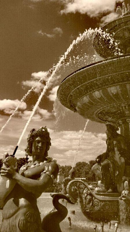 Sculpture Water Fontaine Travel Destinations Famous Place París In Sepia Paris ❤ Sky City Life
