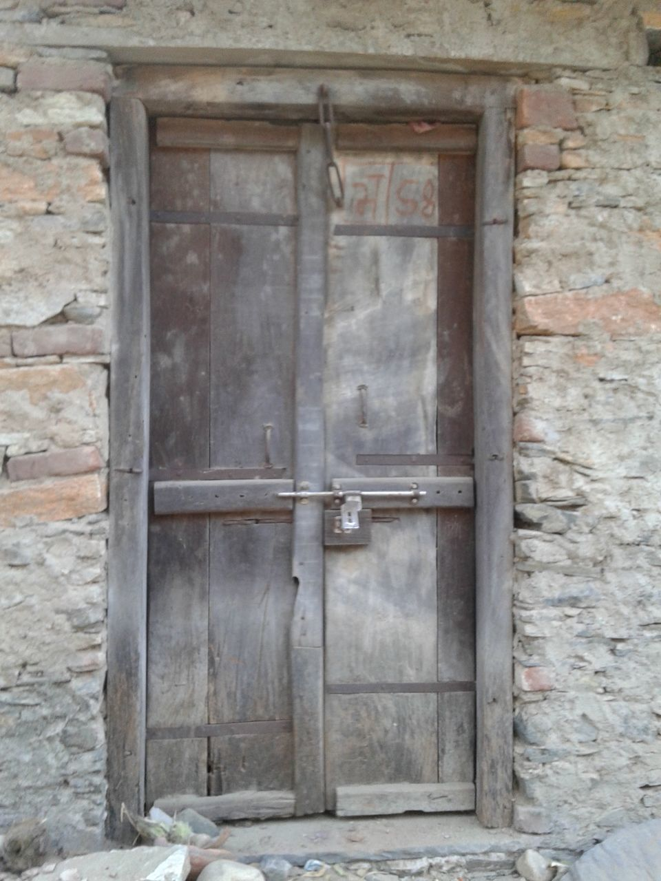 door, no people, day, architecture, built structure, outdoors, building exterior, close-up