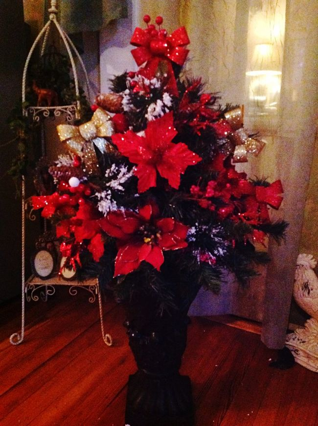 Hello World Holidays Christmas Decorations Staging diy