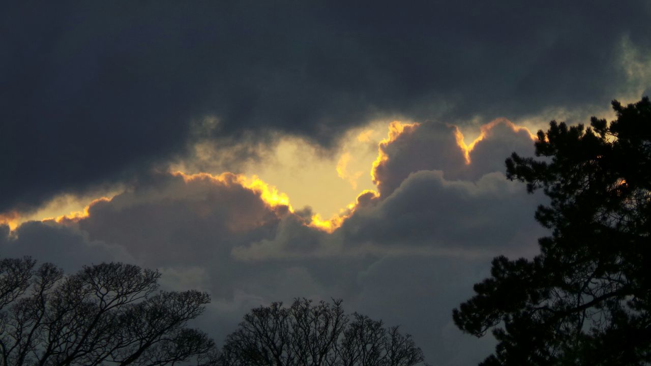 Sunset Cloud_collection  Sunset_collection Golden Lining Stormy Sky
