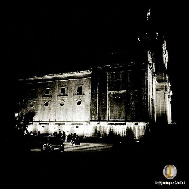 Catedral de Valladolid (I) Vallaigers Igersvalladolid Joseantonioantolin estaes_castillaleon vallatweets pucela estaes_espania estaes_valladolid vll ig_mood ig_street_art igersspain nikonistas igers cute igerlx ig_masterpiece love vsco nikon natgeoinfo instagood enero navidad instadaily spain ahd_ españa globalshots