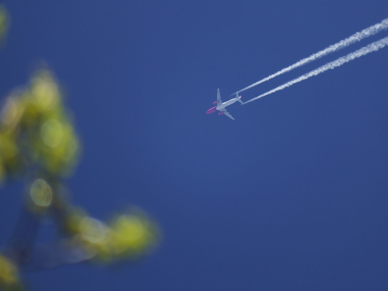 Beautiful stock photos of transport, Germany, Mannheim, Vapor Trail, airplane