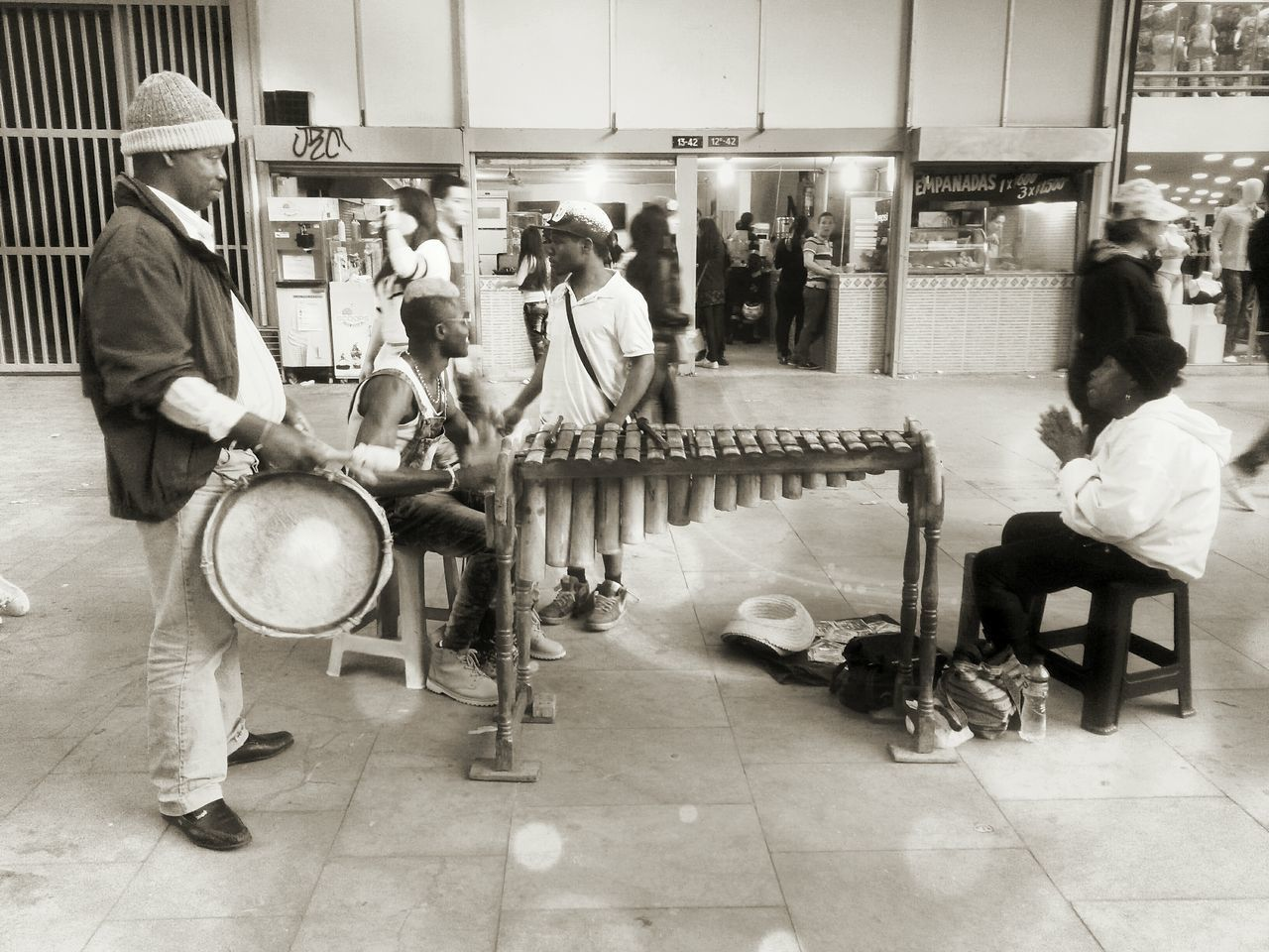 TakeoverMusic Streetart Streetmusic Colombianpeople Folclorcolombia Raíces Lovephotography  Blakandwhite