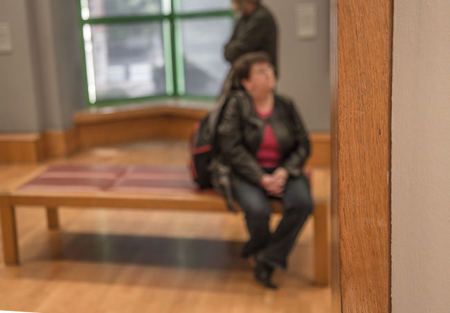 Art Betray Edge Focus On Foreground London Love National Gallery Of Art Sitting Unsharpness Visitor Watching