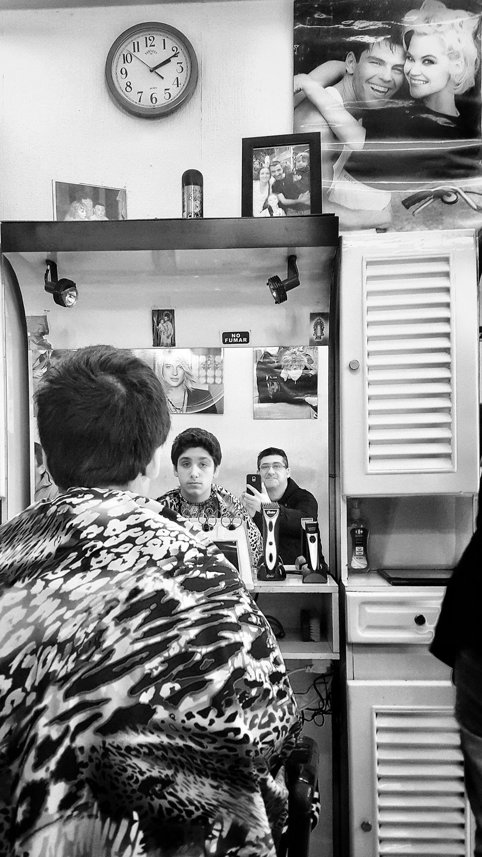 Haircut Haircut Time Haircut! Haircuttime Haircut (: HairCut Needed Young Men People Photography People People_bw Black And White Photography Blackandwhite Photography Black And White Black And White Portrait EyeEm Best Shots - Black + White Reflection Reflection_collection Reflections Reflection Photography Reflections From Above Mirror Mirror Reflection