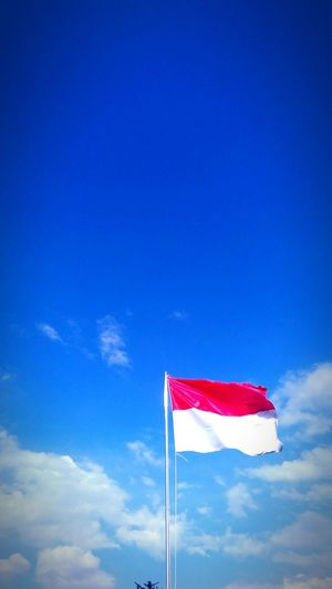 Indonesian flag.. Indonesia_photography Jakarta Indonesia The Places I've Been Today Jakartaphotography Clouds And Sky Indonesian Photographers Collection