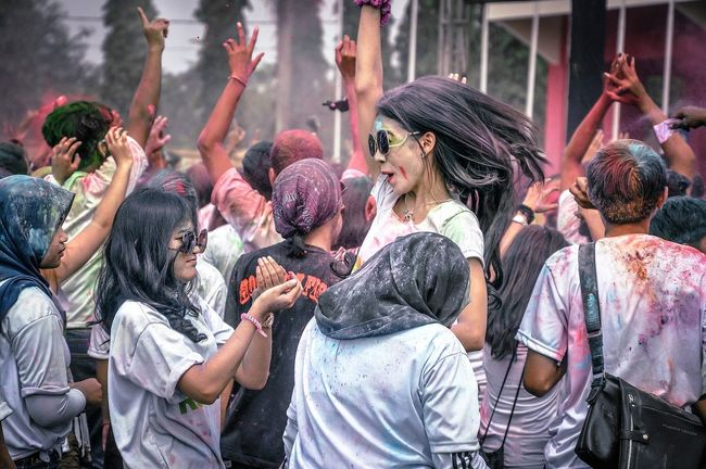 Throwback of colorrun 2years ago Togetherness Large Group Of People Cultures Tradition Person Enjoyment Holding The Color Of Sport Multi Colored Candid Open Edit Fun Crowd Casual Clothing Mask - Disguise Day Event Looking Enjoying Taking Photos Throwback Vibrant Color Sport EyeEm Best Shots People And Places