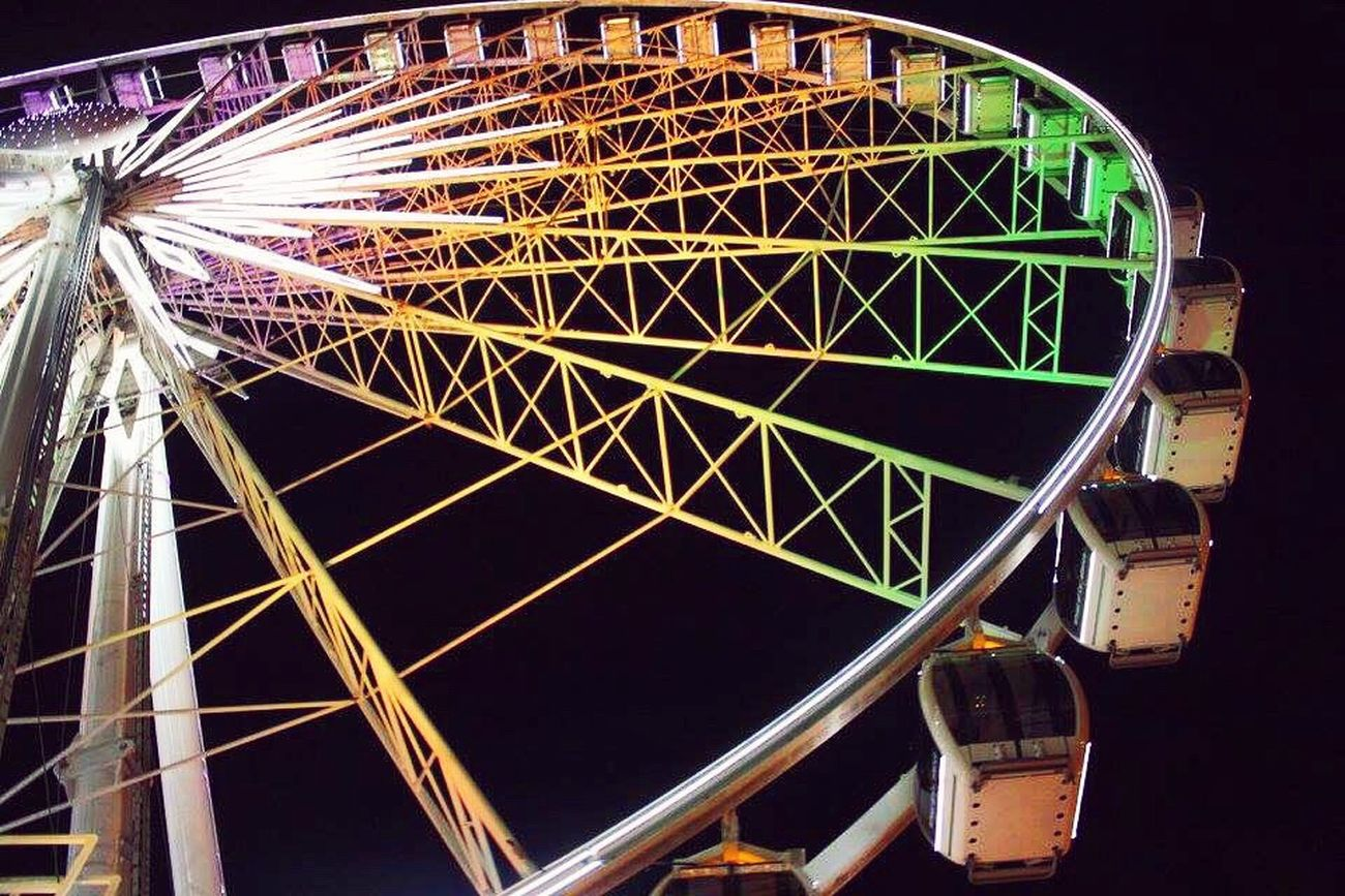 Skyview Atlantaskyview Skyview Atlanta Atlanta Ferris Wheel Carnival Neon Lights Cenntianlpark City City Life Carousel Colors Of Carnival