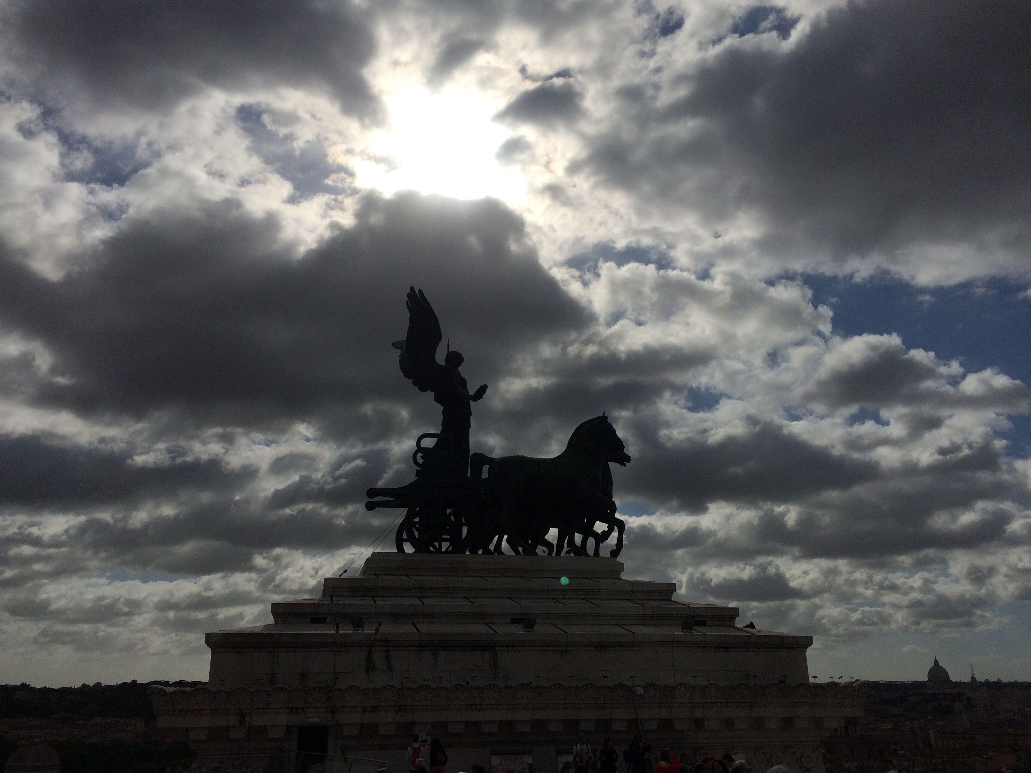 Roma Italia Altare Dell'apertura Tua Madre Statua