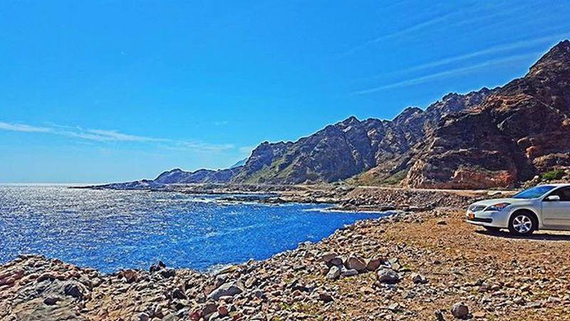 . * و أن فكّروا للجود يمشون رحّال حنّا قبل يمشون يّمه خطينا يا ما لبسنا للشرف كل سربال وعلى البسيطه للفضيله مشينا لقائلها غرد_بصورة عمان طبيعة Oman_photo Oman_photography Landscape Oman Oman_picart @tag.a3 @oman_friends