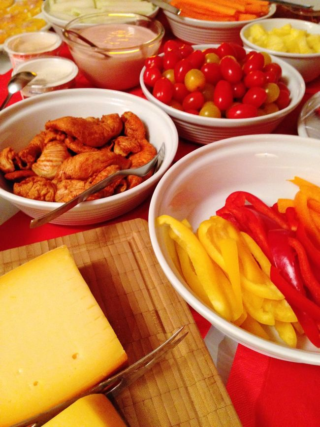 Buffet Food Dinner Chicken Vegetables Sweet Pepper Tomatoes Cheese! Cheese Healthy Food